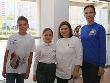 Лента, мяч, две булавы: 12-летняя тяжелобольная жительница Оренбургской области побывала на турнире по художественной гимнастике