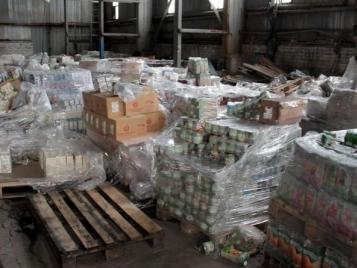 Полицейские Северного района задержали подозреваемых в совершении кражи со склада